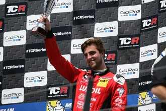 Pepe Oriola: I dream of winning the TCR title