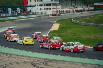 Live from Russia and Korea on www.tcr-series.tv