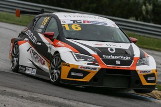 TCR Portugal: double win for Carvalho and Batista