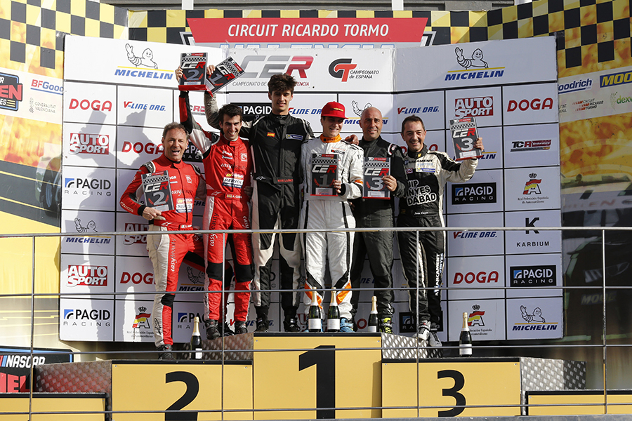 RC2 Junior Team wins CER opening in Valencia