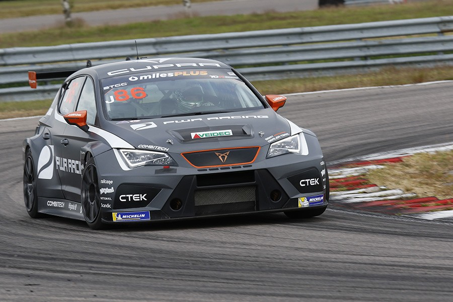 Maiden TCR Scandinavia victory for Philip Morin