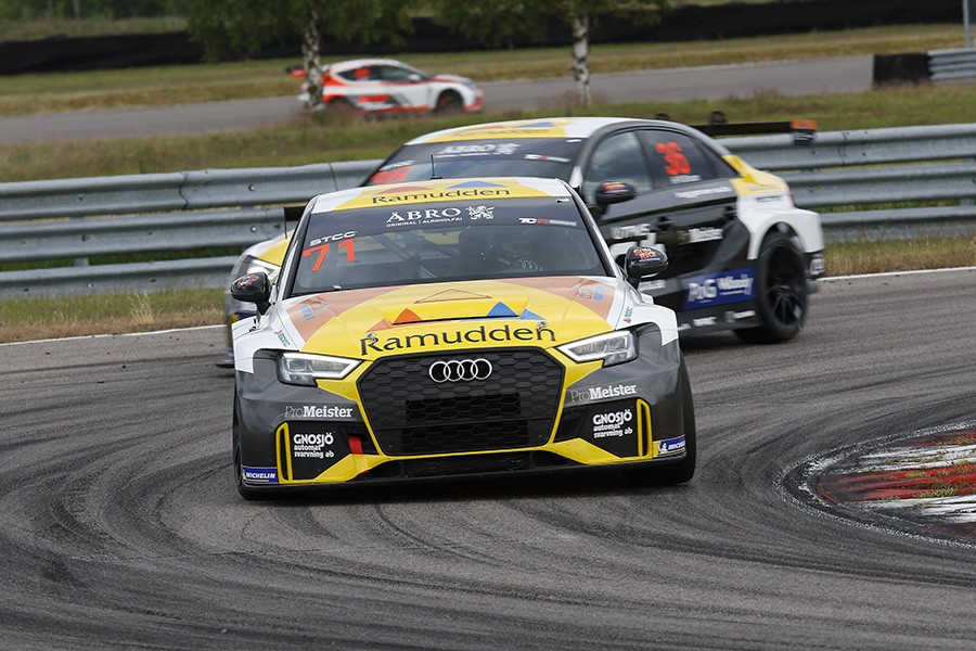 Brings scores first TCR Scandinavia win for Audi