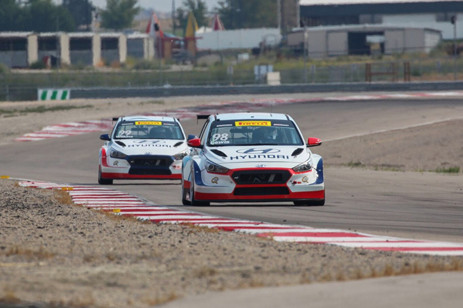 Huyndai duo cruises to a second win in Utah