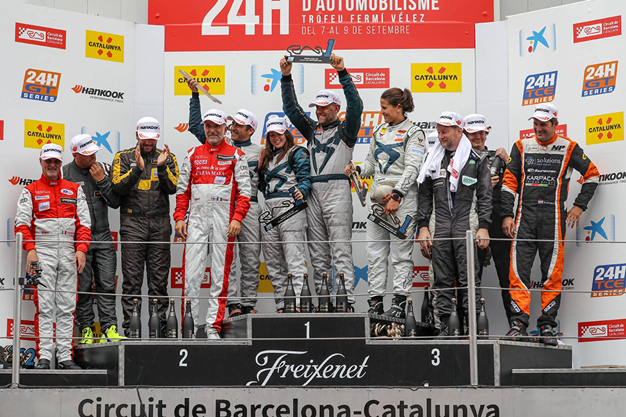 Jordi Gené and 'his ladies' win the 24H Barcelona