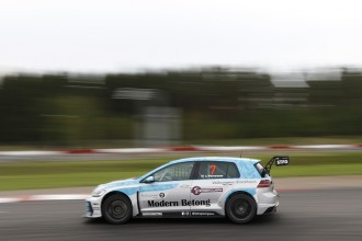 Wernersson sets pole at Mantorp Park before the storm
