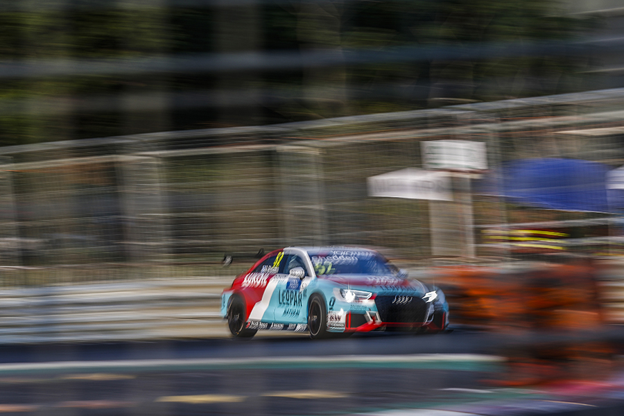 Audi cars lock the two front rows, with Shedden on pole