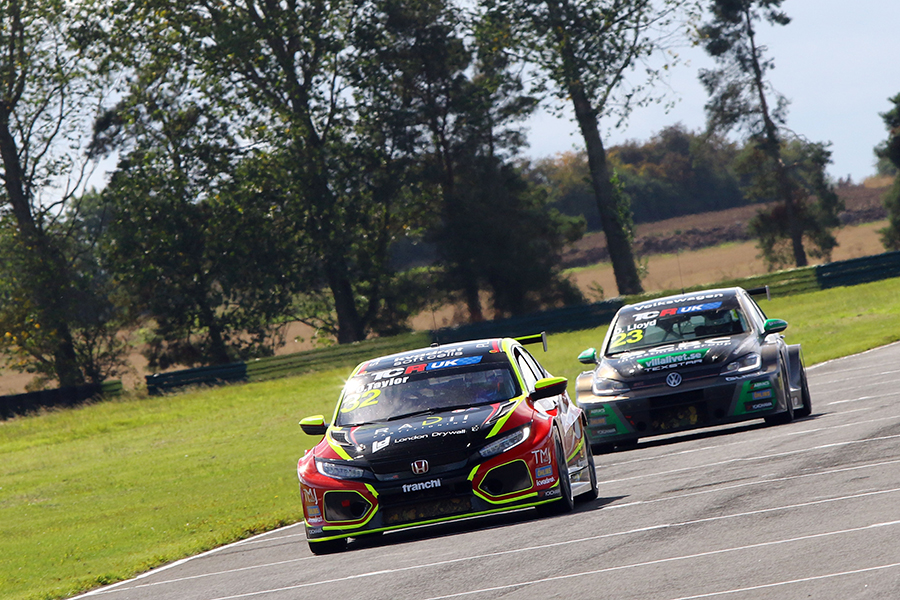 TCR UK heads to Donington Park for title decider