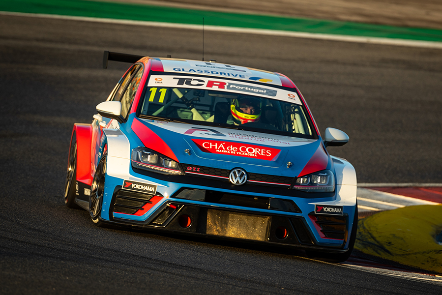 Double victory for Parente in TCR Portugal's final event