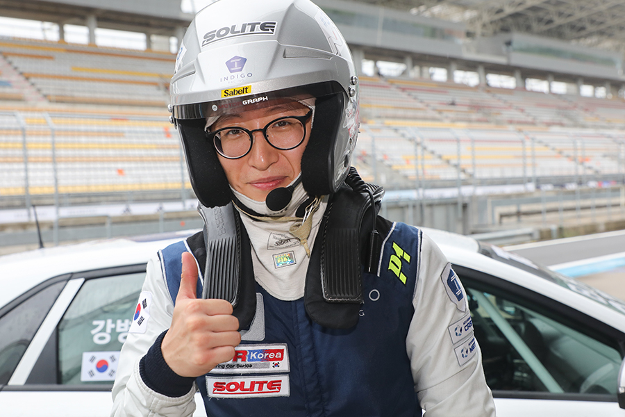 Charlie Kang is crowned TCR Korea's first champion