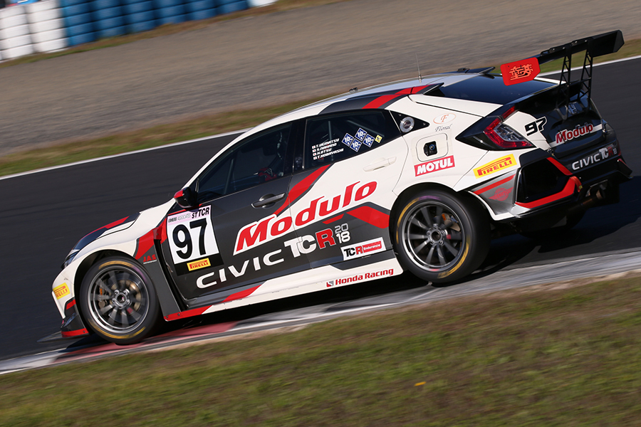 The Modulo DOME Honda wins Super Taikyu final round