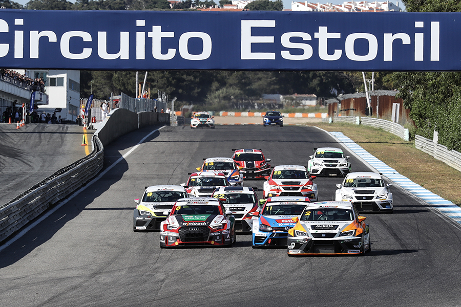 Mora and Moura aiming for the TCR Ibérico title