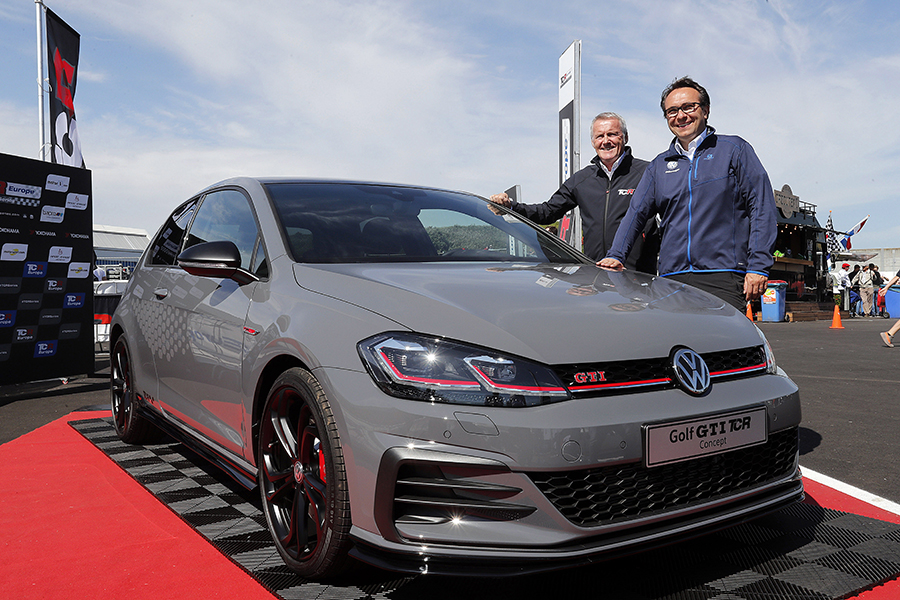 Volkswagen Launches The Golf Gti Tcr Concept Tcr Hub