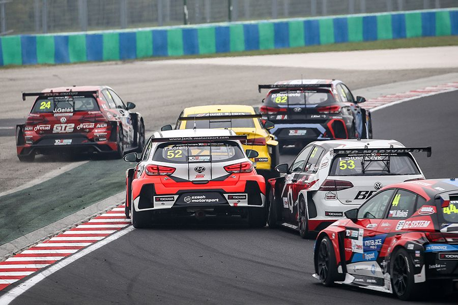 15 cars to open the TCR Eastern Europe season in Hungary