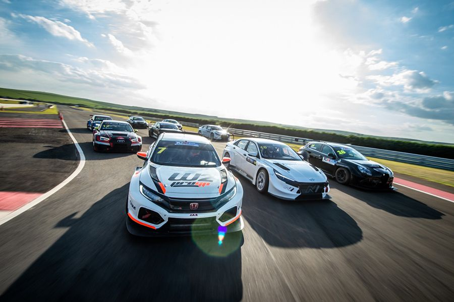 TCR South America collective test session in Brazil