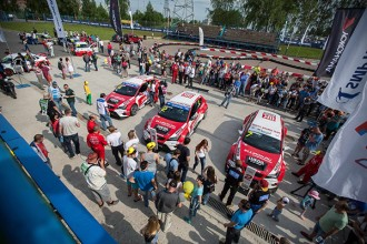 TCR cars dominate Russian Circuit Racing Series