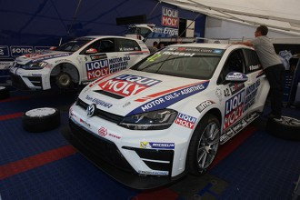 Grachev and Rosell to drive the Golf TCR cars