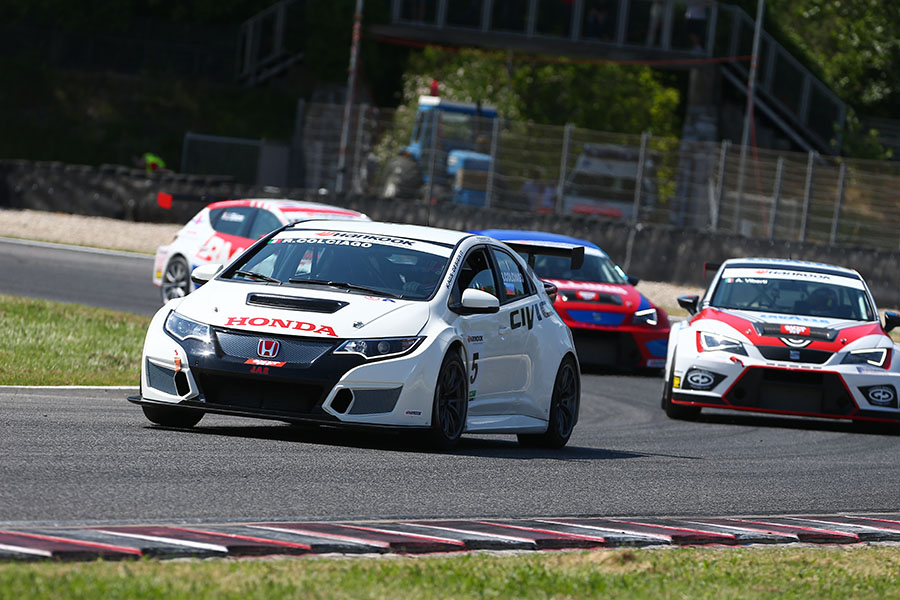 TCR Italy – Colciago's hat trick at Magione