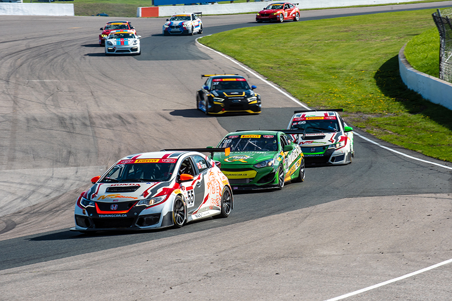The Canadian Touring Car Championship adds a TCR class