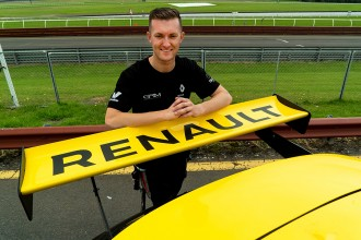 Dylan O'Keeffe switches from Alfa Romeo to Renault
