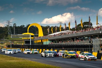 TCR Australia postpones the first event of the season