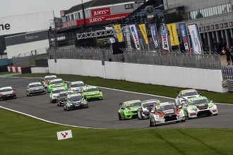 Hart wins TCR UK's final race, but Kent is the champion